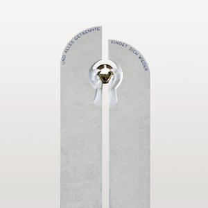 Minerve Doppelgrabstein Design mit Kugel & Hand