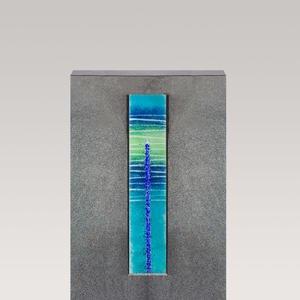 Agostino Vetro Dunkles Granit Grabmal mit Glaselement Kreuz in Blau - Einzelgrab