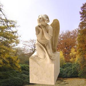 Amalia Grabdenkmal mit Engelsmädchen