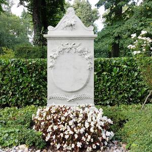Marguerite Grabmal Marmor Weiss mit Blumen Kaufen