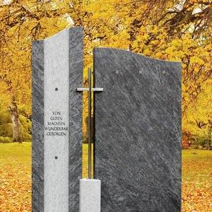Bonifacio Grabmal mit Kreuz für Doppelgrab