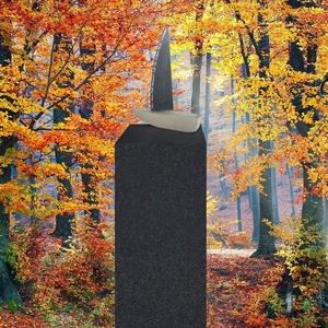 Vela Navos Grabstein Urnengrab Granit Klein mit Schiff Plastik