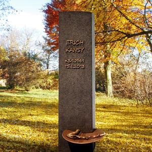 Aemilius Porta Granit Grabstein in Schwarz mit Bronze Schale - Einzelgrab