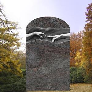 Grabdenkmal mit Michelangelo Relief
