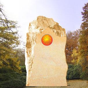 Polaris Grabstein Felsen mit Sonnenglas