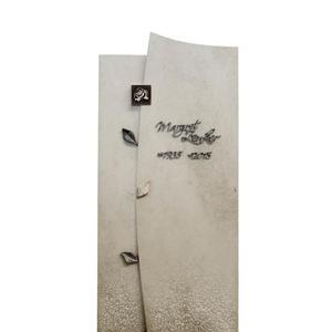 Forio Kalkstein Einzelgrabmal Hell mit Blatt & Rose Ornament