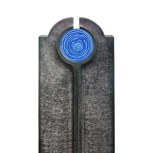 Novara Aqua Moderner Urnengrabstein mit Blauem Glas Symbol Spirale