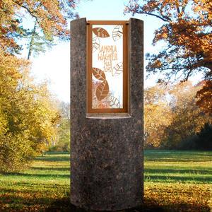Pagella Modernes Granit Kindergrabmal mit Floralem Bronzeornament & Inschrift
