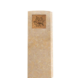 Circulum Modernes Kindergrabmal in Kalkstein mit Blatt Ornament