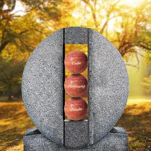 Aversa Palla Ovales Granit Doppelgrab Grabdenkmal mit Kugeln in Rot