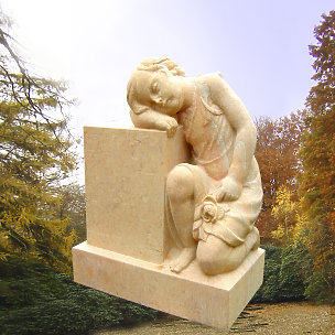 Josefine Kindergrabstein mit Engelsmädchen