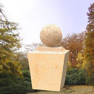Aristoteles Grabstein mit Sternenkugel