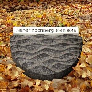 Memento Orbis Urnengrab Liegeplatte Halbrund mit Edelstahl Schrifplatte