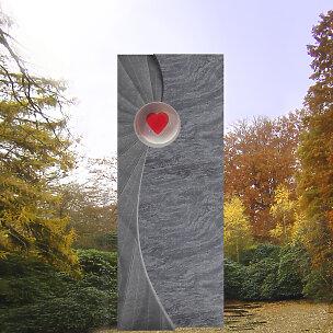 Fiavoro Grabmal mit Herz Glaselement