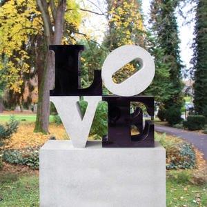 Love Urnengrabstein Granit Kalkstein Schwarz Weiss Love