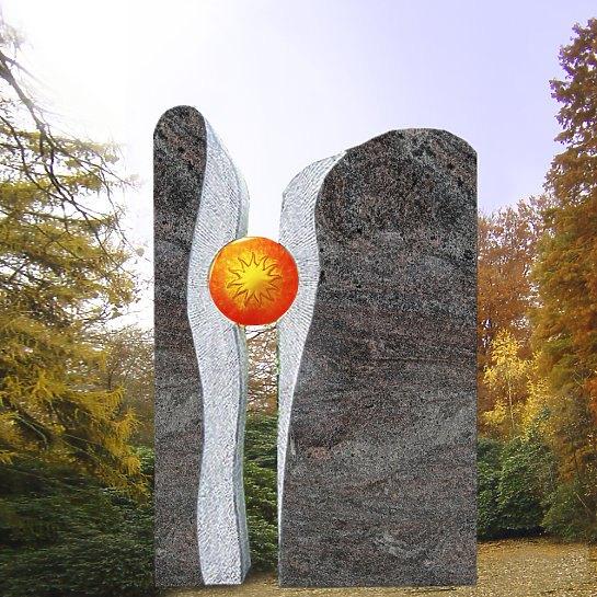 Signum – Zweiteiliger Grabstein mit Sonnenornament