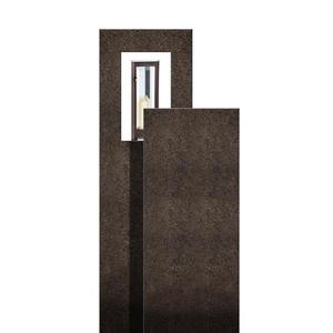 Amancio Lux Zweiteiliges Granit Doppelgrabmal mit Laterne
