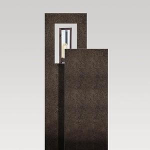 Amancio Lux Zweiteiliges Granit Einzelgrabmal mit Laterne