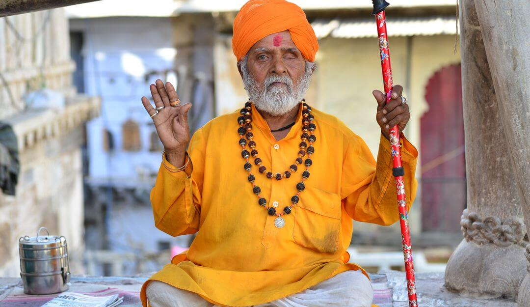 how to become a hinduist