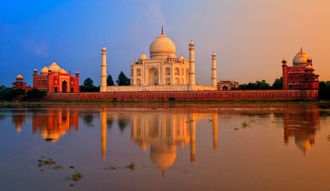 Taj Mahal in Indien | Bildquelle: © Boris Stroujko - Fotolia.com