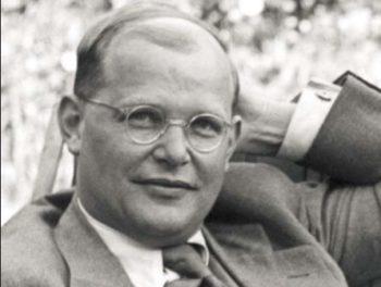Eine Grafik zu Berühmter Trauerspruch von Bonhoeffer