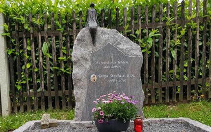 Cospeda Friedhof Grabmal Sinclair