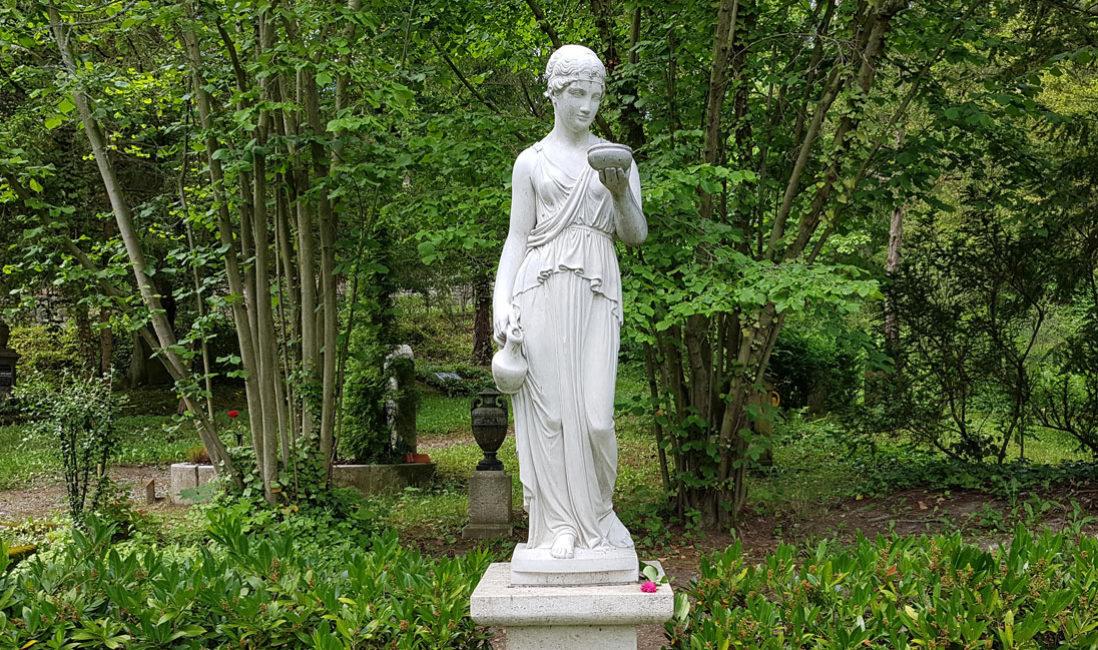Historisches Grab Familiengrab Steinguss Jena Nordfriedhof