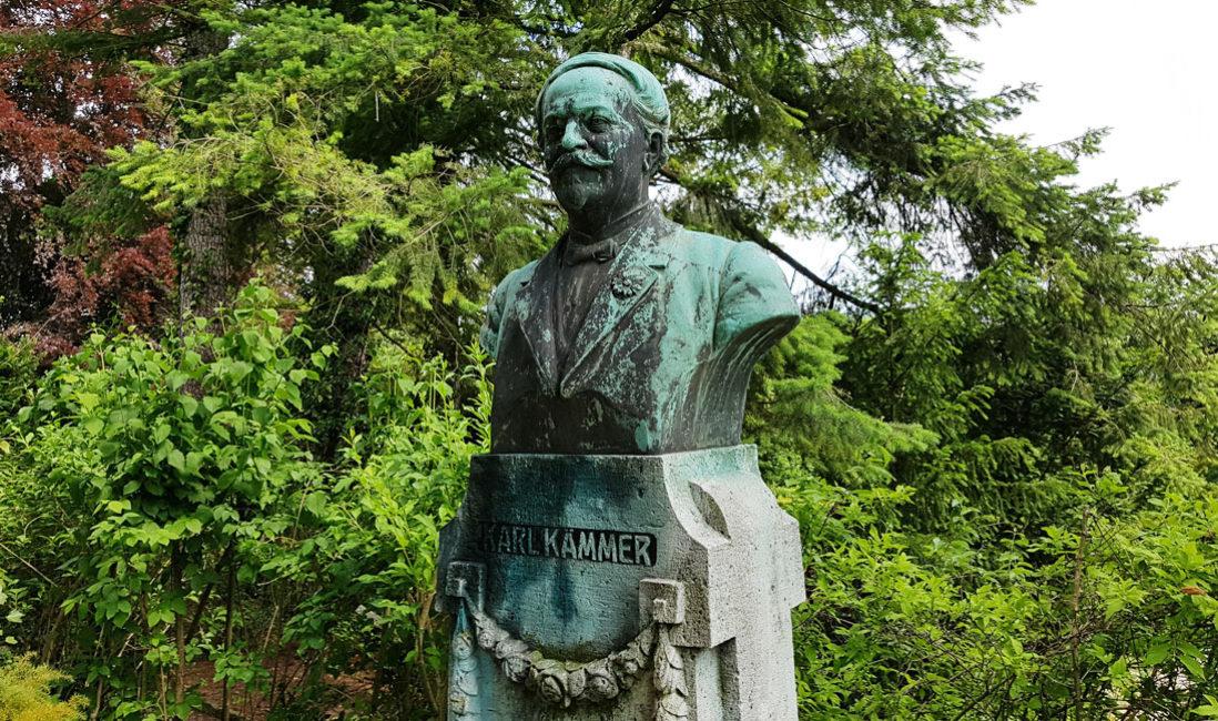 Grabmal Einzelgrab Sandstein Bronze Jena Nordfriedhof