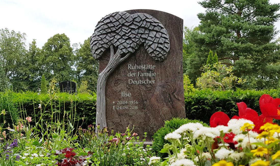 Doppelgrabstein Familiengrabstein Doppelgrab Gestalten Grabsteine Motiv Lebensbaum Granit Paradiso Demmin Friedhof Mecklenburg Steinmetz
