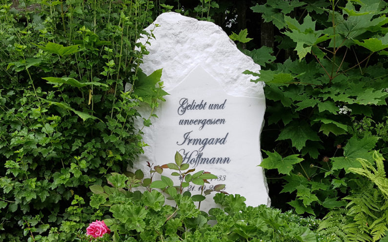 Cospeda Friedhof Gedenkstein Hoffmann - 0