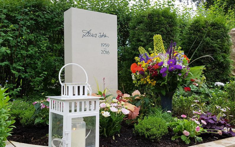 Erfurt-Hochheim Friedhof Grabmal Istrian - 1