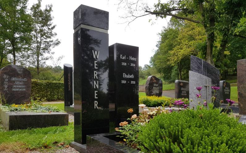 Ronshausen Friedhof Grabstein Werner - 1