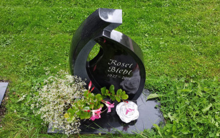 Ronshausen Friedhof Grabstätte Biehl