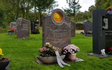 Ronshausen Friedhof Gedenkstein Breukel