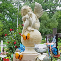 Grabgestaltung Grabdekoration Kindergrab Grabschmuck Grabdeko Engel Grabstein Kindergrabmal Erfurt Hauptfriedhof Steinmetz