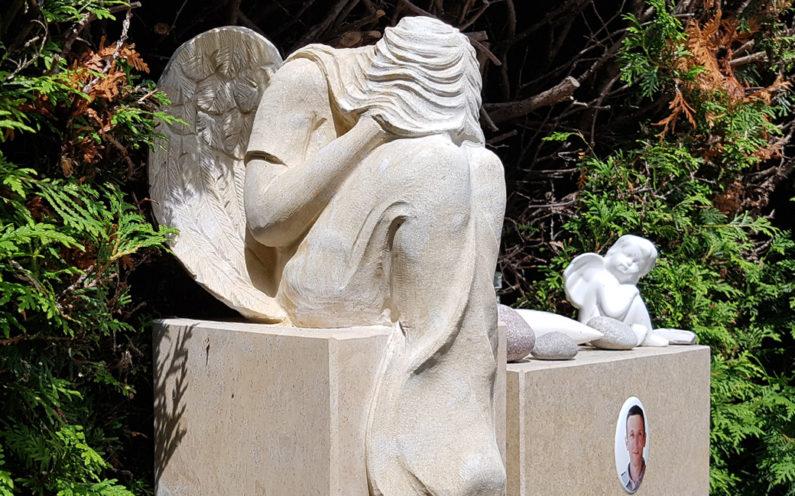 Weida Friedhof Grabmal Beyer
