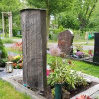 Grabanlage aus Holz
