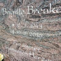 Grabinschrift vertieft Gravur Granit Paradiso Grabstein Schrift