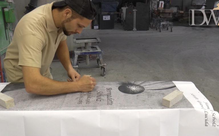 """Video zu Einzigartiges Grab Denkmal mit Glas – Gedenkstein """"Solaris"""""""