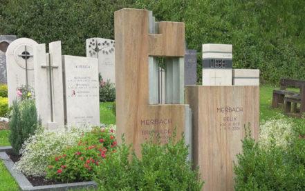 Natur Grabsteine vom Steinmetz – Grabmal aus Naturstein