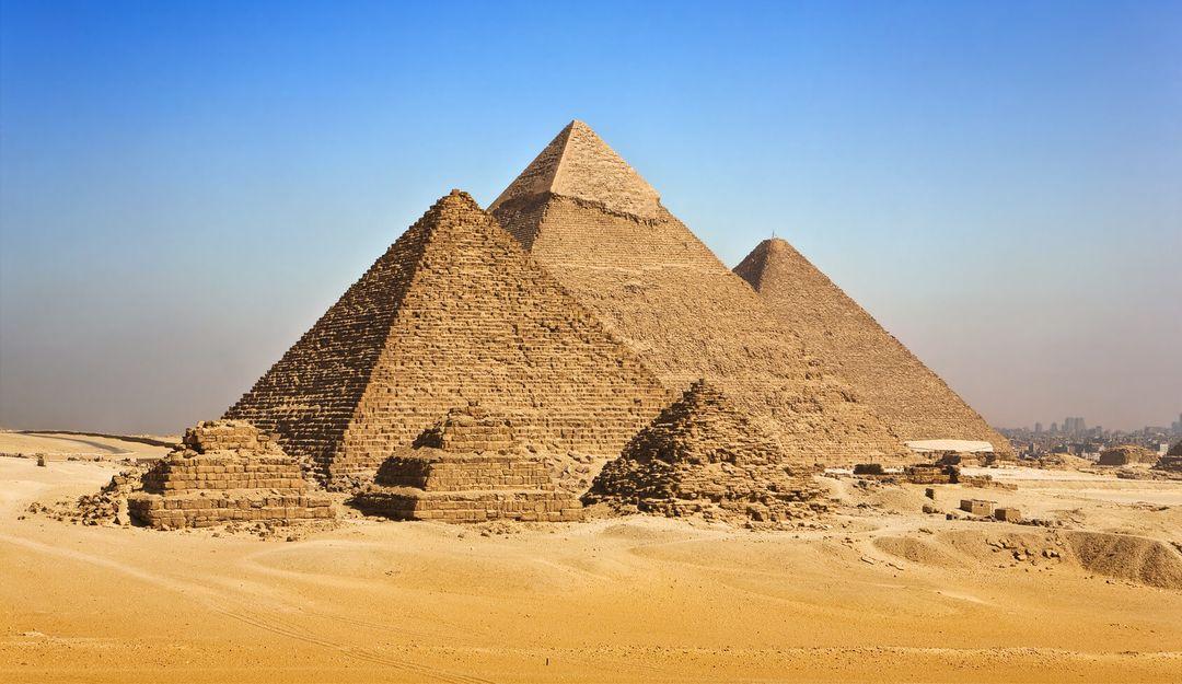 Die Pyramiden von Mykerinos, Chephren und Cheops. | © WitR