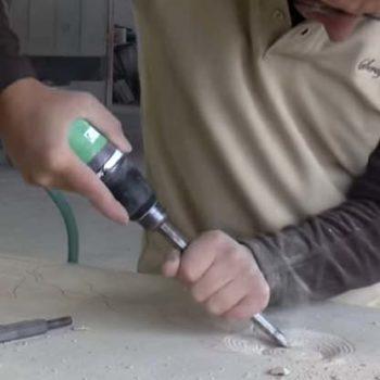 Eine Grafik zu Drucklufthammer für die Natursteinbearbeitung