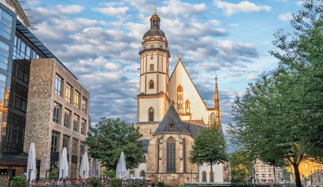 Die Thomaskirche in Leipzig. | Bildquelle: © Fotolia - bbsferrari