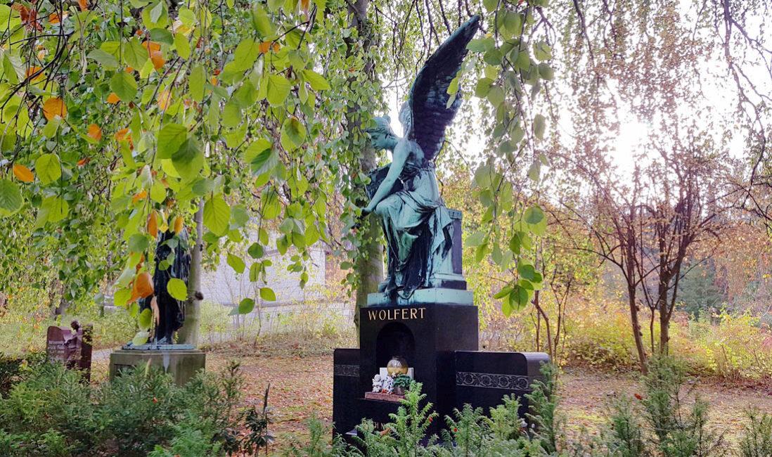 historisch Engelgrabstein Familiengrab Bronze Granit Gera Ostfriedhof