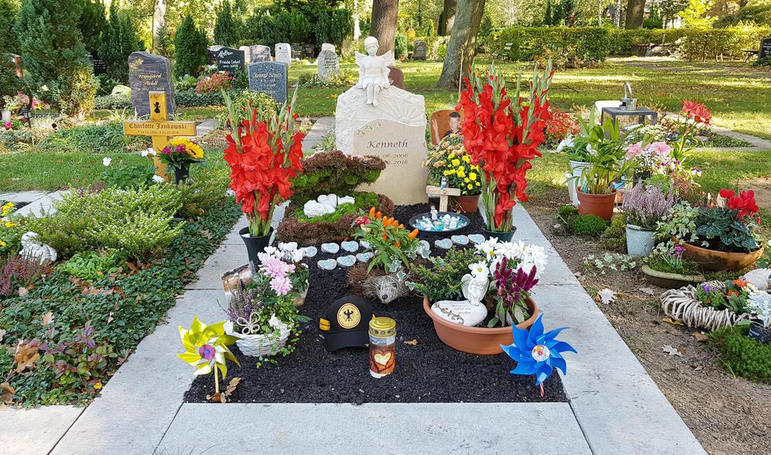 Kindergrab Deko