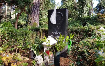 Berlin Waldfriedhof Dahlem Grabstein Maxeiner