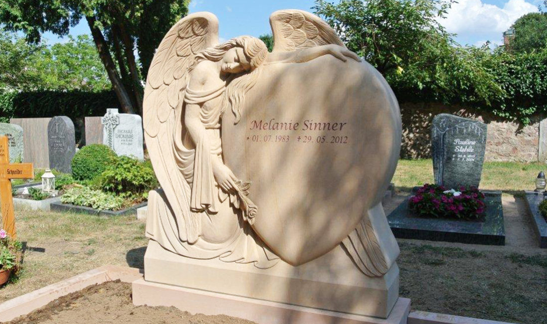 Friedhof Wixhausen Steinmetz Grabengel Grabstein Doppelgrabstein Engel Hessen Herz Darmstadt