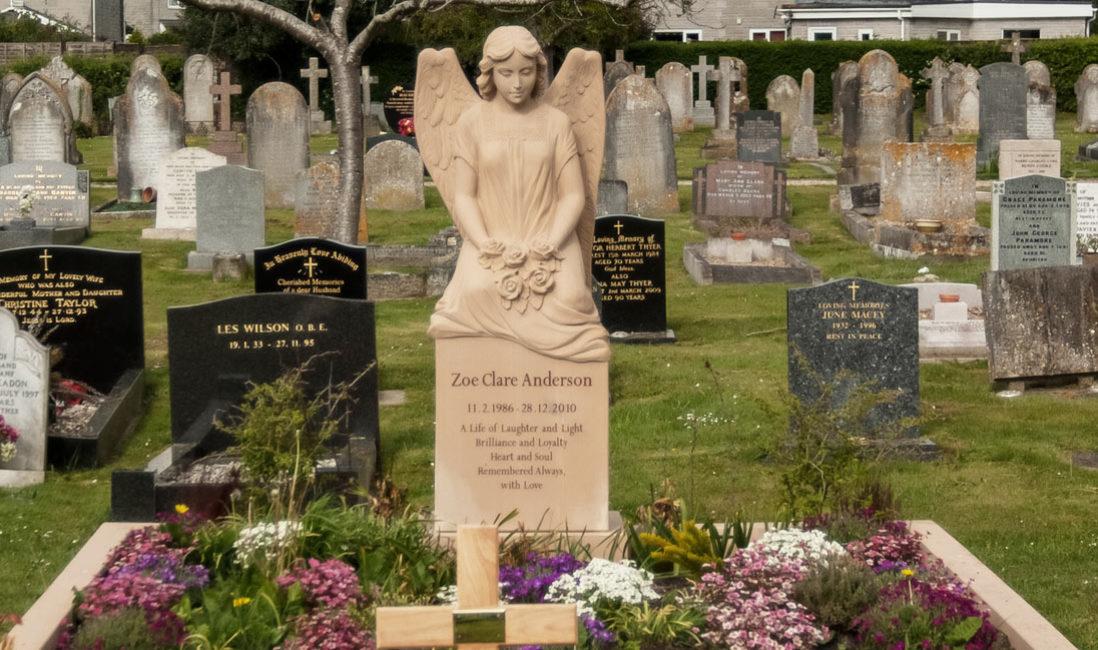 Grabmal Einzelgrabstein Sandstein Somerton Friedhof Frontansicht