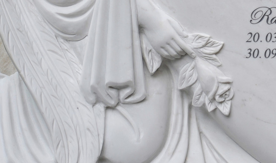 Doppelgrabstein Familiengrabstein Engel Grabstein Marmor Bildhauer Steinmetz