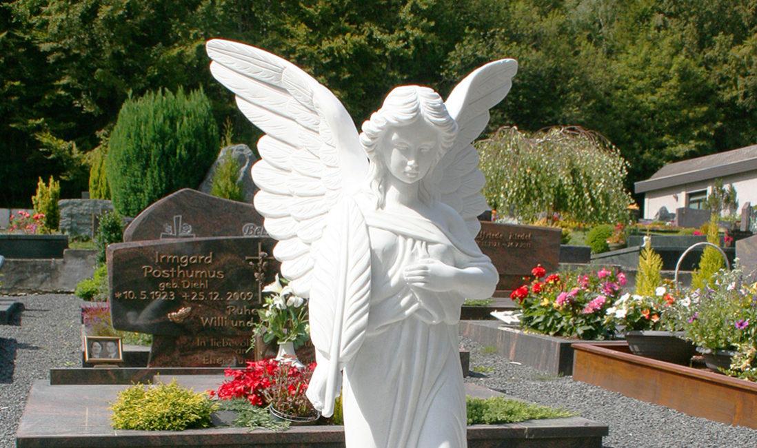 Marmor Grabengel Figur Skulptur Beispiel Grabstein Friedhof Feder Friedhof Westerburg Steinmetz